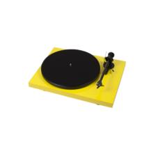 Pro-Ject Debut Carbon DC lemezjátszó /Ortofon OM-R10/ sárga